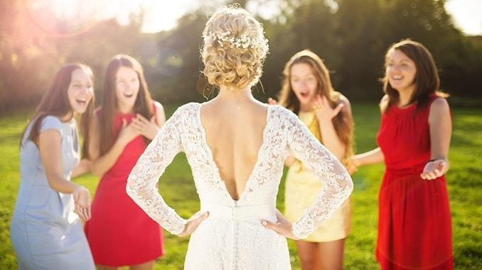 Поздравление с днем свадьбы подруге