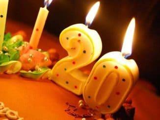 свечи цифра 20 на торте